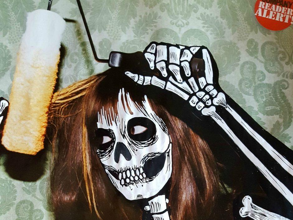 skeleton-girl-diy-low-low-res-cropped